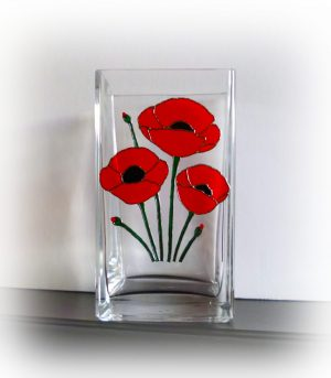 Poppy, Poppy Vase, PoppyGlassware, poppy Gift, Poppy Giftware, Remembrance, Remembrance Glass, Remembrance Glassware, Red poppy, Memorial Poppy