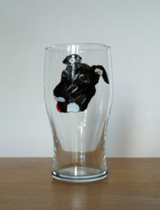Greyhound glass, grehound design, greyhound art, greyhound pint, crafty dog glass, Crafty Dog Cymru