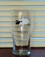 Welsh Glass, Welsh sheep, Sheep Glass, Welsh Pint, Crafty Sheep,
