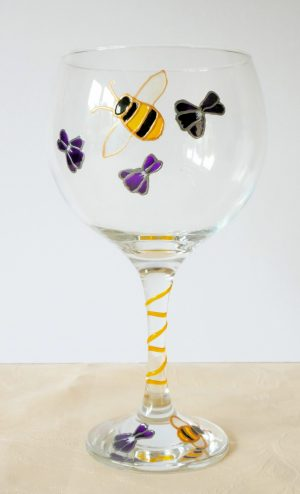 Bee Glass, Welsh Glass, Wales Glass, Welsh Honey, Welsh Gin Glass, Gin Glass, Welsh Gin