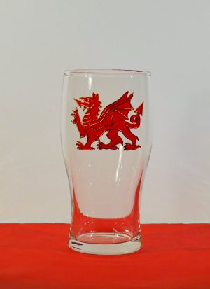 Wales, Welsh Dragon, Dragon Pint, Welsh Glass