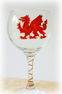 Welsh Dragon Glass, DRagon Glass, Welsh Glass, Wales, Wales Glass, Cymru