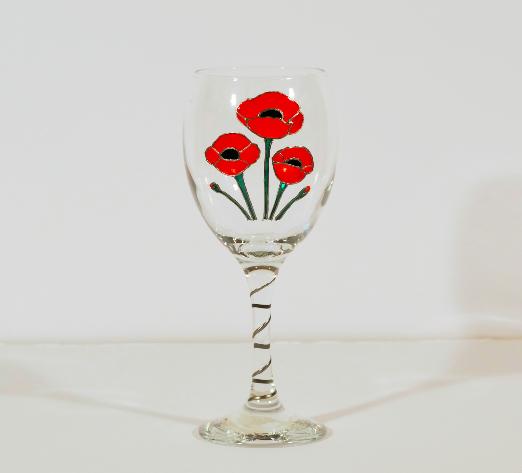 Corn Poppies, Flanders Poppies, Poppy Wine Glass, Poppy Glass, Flanders Glass, Welsh Glass, Welsh Design, Welsh Gifts
