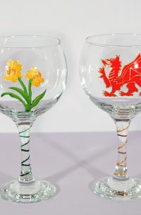 St David's Day, Welsh Glass, Welsh Dragon, Welsh Daffodil, Daffodil Glass, Welsh Gifts, Welsh Giftware, Wales Gifts, Wales Glass, Welsh Gin, Wales Gin